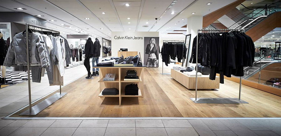 "calvinklein Resonant: ""Even after the performance is over, I realize that you still have to service it. I'll be in a coffee shop and someone will come up to me and just open a vein telling me how this struck a nerve for them, what their experience was."